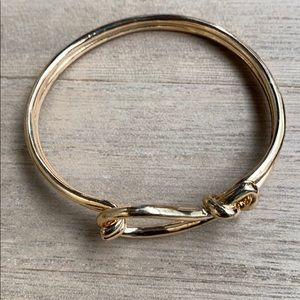 Express gold bracelet